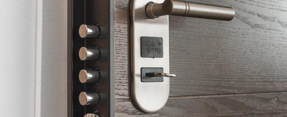 We Rank Door Handle Key 279810